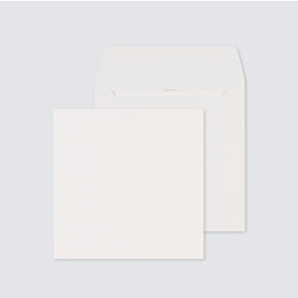 enveloppe-blanc-casse-autocollante-17-x-17-cm-TA09-09209501-09-1