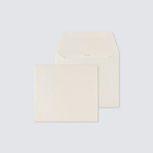 enveloppe-ivoire-carree-14-x-12-5-cm-TA09-09708613-09-1