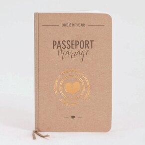faire-part-mariage-passeport-kraft-avec-tampon-coeur-cuivre-buromac-108047-TA108-047-09-1