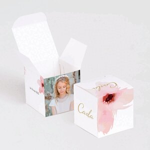 boite-a-dragees-cube-communion-fleurs-roses-aquarelle-TA1223-1800035-09-1