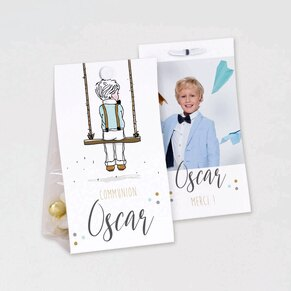boite-a-dragees-communion-silhouette-garcon-sur-balancoire-et-photo-TA1223-1900003-09-1